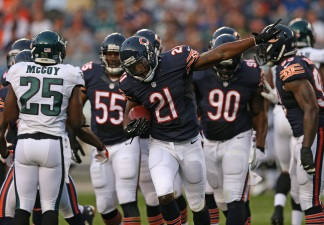 Former Bear Ryan Mundy Suing Helmet Manufacturer for 2014 Injury