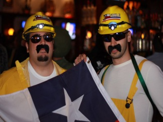 PHOTOS: Halloween Costumes in the Clubs