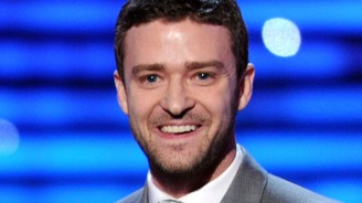 "Justin Timberlake Talks Olivia Wilde Playing His ""In Time"" Mom"