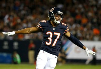 Bears' Bryce Callahan Out for Season With Broken Foot, Team Announces