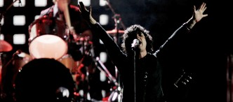 Green Day Flips Wal-Mart the Bird