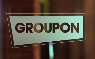 Two Top Groupon Execs Get Stock Bonuses