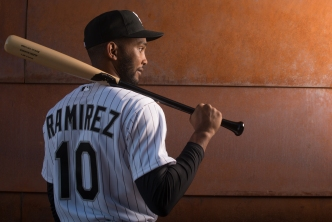 White Sox Decline Option on Shortstop Alexei Ramirez