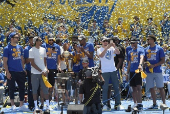 Watch the Golden State Warriors Championship Parade