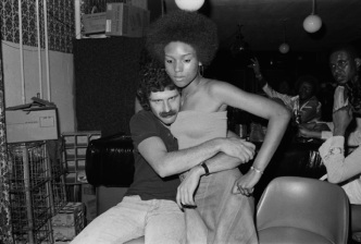 Photographer Captures '70s South Side Chicago Nightlife