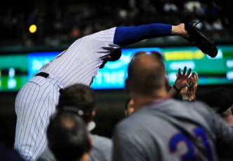 WATCH: Anthony Rizzo Makes Incredible Circus Catch
