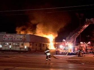 Fire Burns Dusties Buffet in Dolton