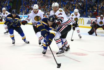 Blues' Organist Delivers 'Chelsea Dagger' to Blackhawks After Loss