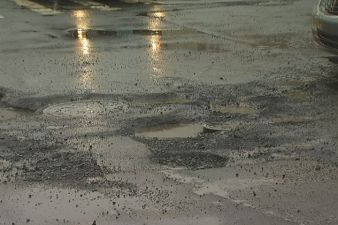 City Hires More Crews to Fix Chicago's Pothole Problem