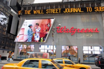 Walgreens' Q1 2012 Earnings Down 4 Percent
