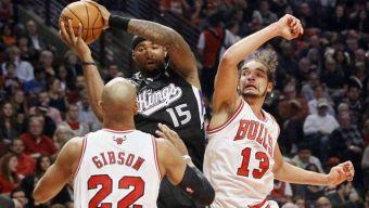 Bulls Beat Kings in Home Opener