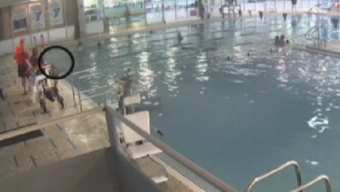 Man Pulled From YMCA Pool Was Under Water for 5 Min.: Suit