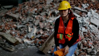 How Mexican Women Show Resolve in Earthquake's Aftermath