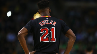 Jimmy Butler Out 3-4 Weeks With Strained Knee