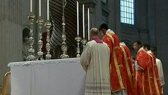 Chicago Offers Prayers As Conclave Begins