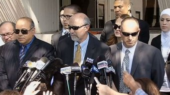 Drew Peterson's Lead Lawyer Steps Down