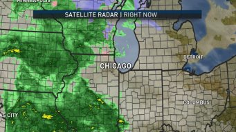 Rain Moves Into Chicago Area for Warm, Wet and Windy Day