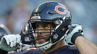 Kyle Long Not With Bears for Game vs. Giants: Reports
