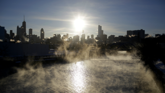 Chicago Breaks 2 Back-to-Back Records for Cold Temperatures