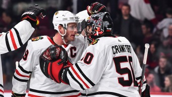 Crawford Makes 48 Saves in Blackhawks' Shutout Win
