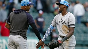 Chicago White Sox Blown Out by Yankees, Split Series