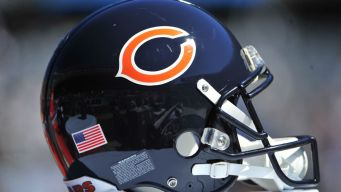 Lynch Leaves Bears Game With Injury