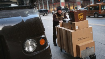 UPS to Hire More Than 3,000 People in Chicago Area