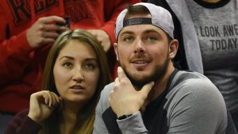 Bryant's Wife Tweets Embarrassing Factoids About Cubs Star