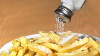 FDA Issues New Guidelines on Salt, Pressuring Food Industry