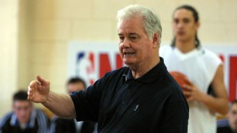 Bulls Legends Pay Tribute to Tex Winter