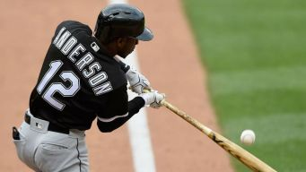 Anderson Thanks Sox Fans After Contract Extension