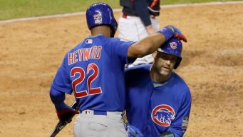 Ross Plays Catch With Heyward During Cubs Game