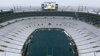 Packers Asking for Fans to Help Shovel Snow