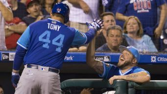 More Turnover for Cubs' Staff as Hinske Leaves