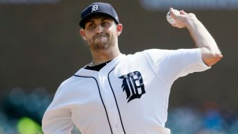 White Sox Nearly No-Hit in Blowout Loss to Tigers