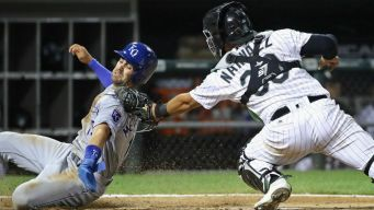 Royals Best White Sox to Stay Alive in Playoff Hunt