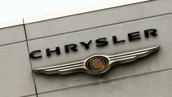 Fiat Chrysler Recalls Minivans for Engine Stalling Problem