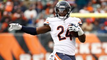 Jordan Howard Makes History for Bears
