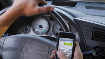 NY to Combat Distracted Drivers With 'Textalyzer'