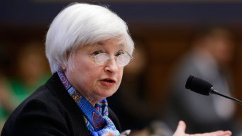 Fed Leaves Key Rate Unchanged at Time of Uncertainty