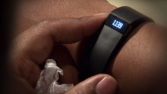 Fitness Trackers No Guarantee for Weight Loss