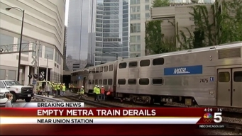 Metra Train Derails in Chicago