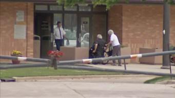 Hastert Arrives at Prison in Minnesota