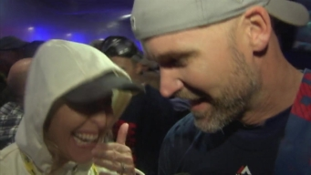Cubs Catcher David Ross Celebrates World Series Berth