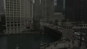 Timelapse: Watch Solar Eclipse Over Chicago River