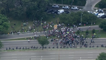 WATCH: Protesters March Onto Lake Shore Drive