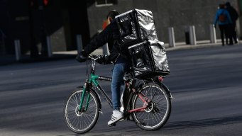 1 in 4 Delivery Drivers Admit to Tasting Your Food