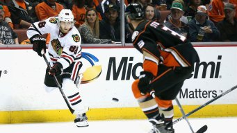Blackhawks Give Fans Late-to-Work Excuse Note