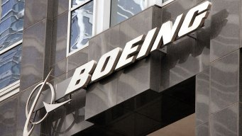 Flight Attendants Sue Boeing, Claim Toxic Fumes in Aircraft