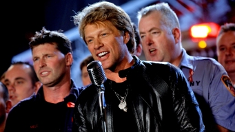 Bon Jovi Sings for 9/11 NY Firefighters